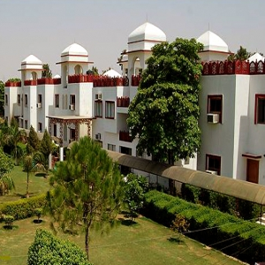 Aravali Resort